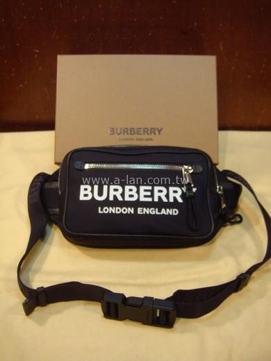 BURBERRY 徽標印花 ECONYL® 腰包-84072858