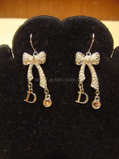 Dior 禮物耳環-84299318