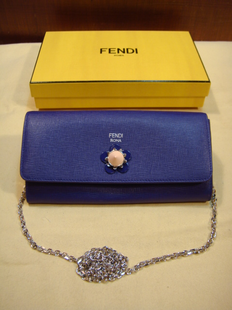FENDI 牛皮長鏈夾-842994178