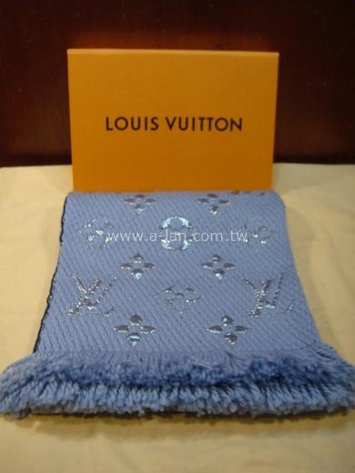 LV-M71166 LOGOMANIA SHINE 圍巾-842997118