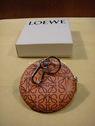LOEWE 粉橘皮LOGO圓零夾-842997588