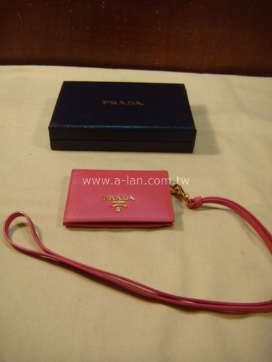 PRADA 粉色識別證套-842998038