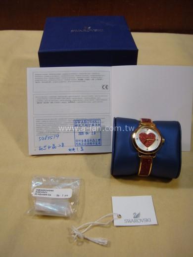 SWAROVSKI施華洛世奇COSMIC ROCK情人節限定款時尚腕錶(5483519)紅-842999508