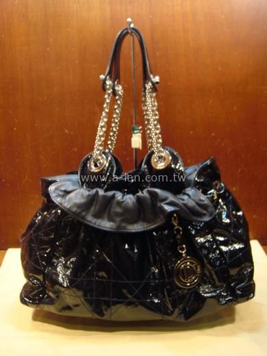 Dior 漆皮黑雙鏈包-84341028