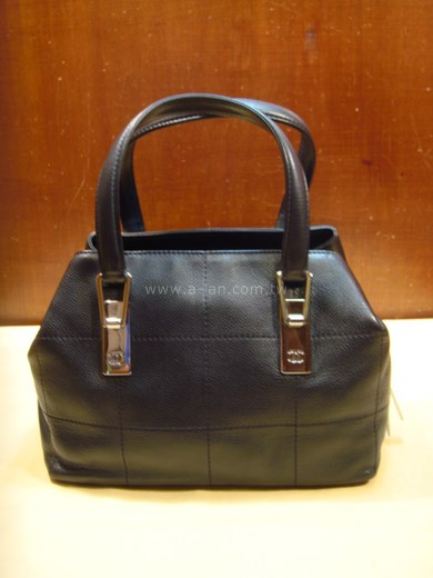 CHANEL 三層袋提包-82171358