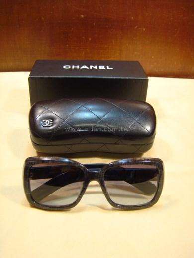 CHANEL 黑框墨鏡-85124048