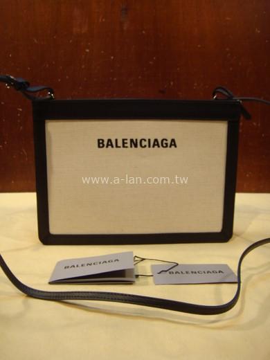 BALENCIAGA NAVYN三層側揹包-853821118