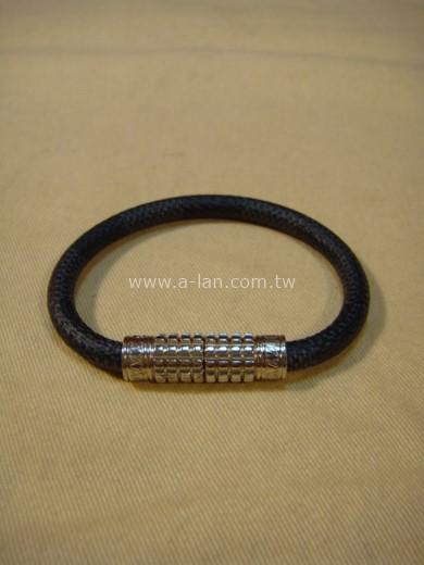 LV-黑灰格手環-85415028