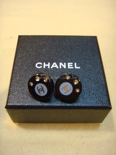 CHANEL 黑圓膠水鑽耳環-85731688