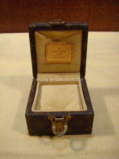 LV-戒指木盒-89853138